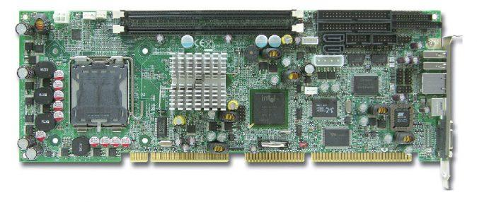 ROBO-8773VG Full-Size PICMG 1 SBC with Socket LGA775 (Socket T) for Intel Core 2 Duo / Pentium D / C -0