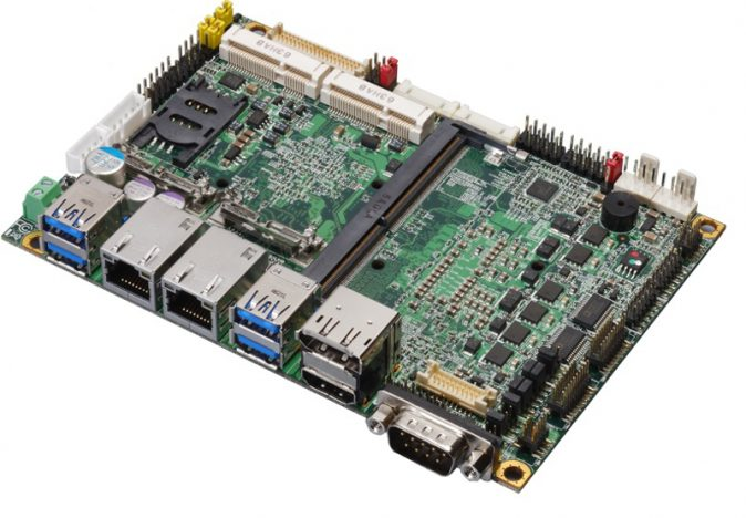 "3.5"" Embedded Mini-Board with Intel Skylake (6th Gen) Core H-series Processor"